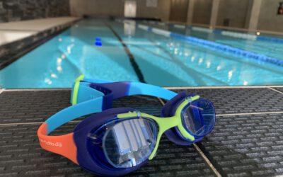 Vyriausybės nutarimu 2 savaitėms stabdomos grupinės plaukimo treniruotės vaikams